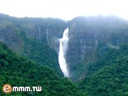 蛟龍瀑布-(照片:明月山莊提供) - 點我放大